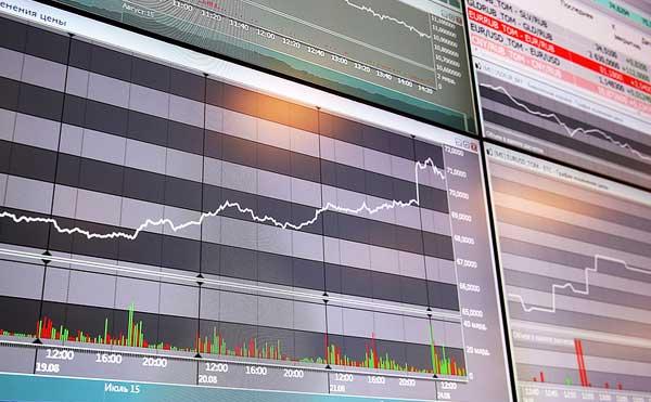 Центробанк разрешил торговлю на форекс в России